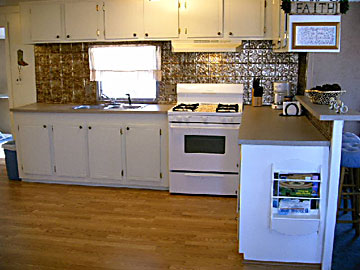 Cottage large kitchen